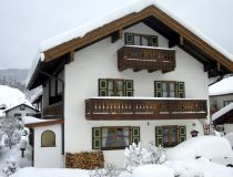 1Haus-Winter.JPG